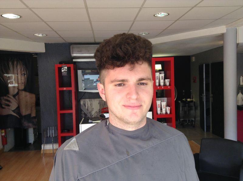 Le lissage cor en pour les hommes chez hair mode salon for Salon de coiffure pour lissage bresilien