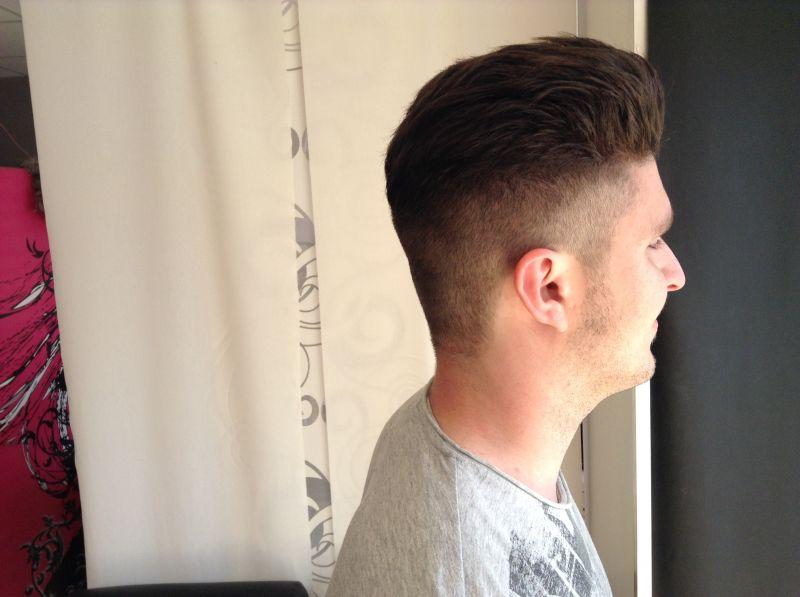 Le lissage cor en pour les hommes chez hair mode salon - Salon de coiffure lissage bresilien ...